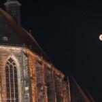 Blutmond an der Universitätskirche in Marburg