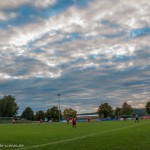 Himmel über dem Fußballfeld