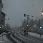 Marburger Straßenszene im Schnee